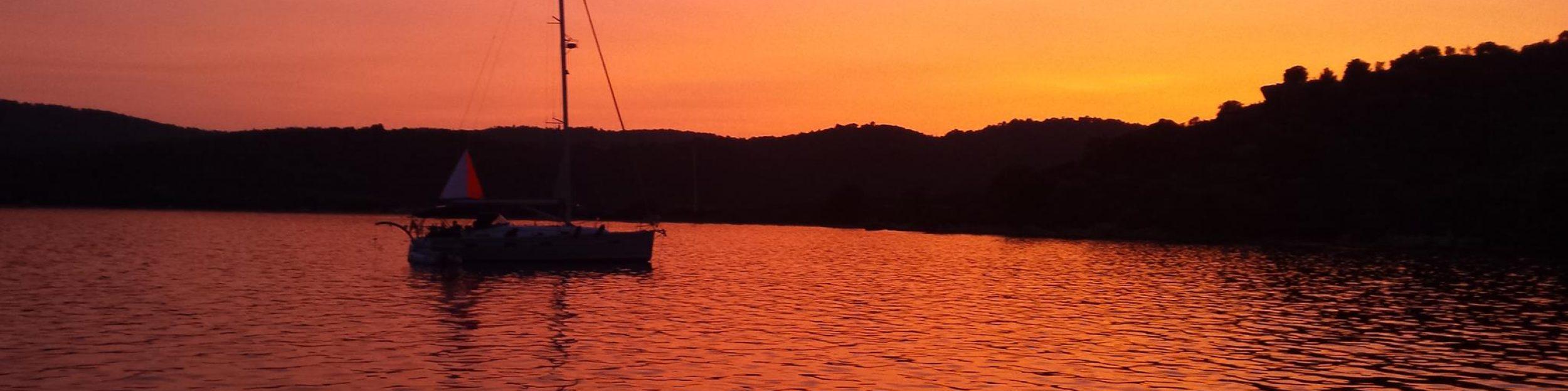 Sailing SY Liberation
